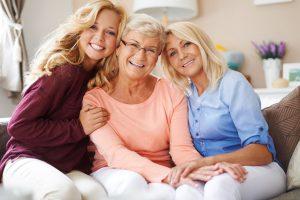 revisión ginecológica en Toledo - mujeres de todas las edades