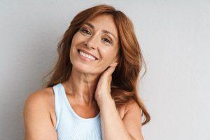 unidad de menopausia - mujer peliroja